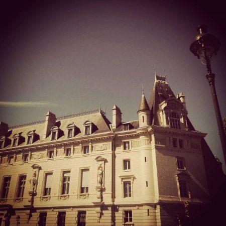 9. Palais de Justice